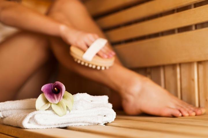 Utensielien für den entspannenden Saunabesuch