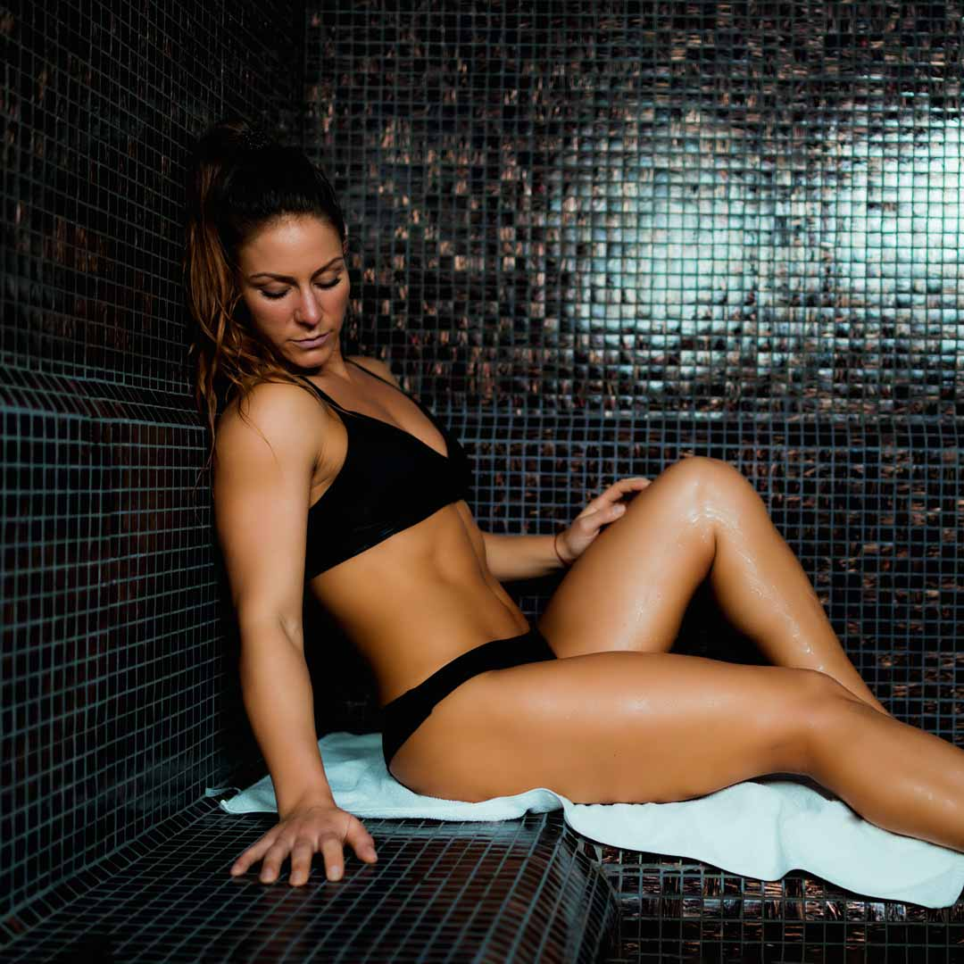 woman-in-turkish-bath-VA2JLTG